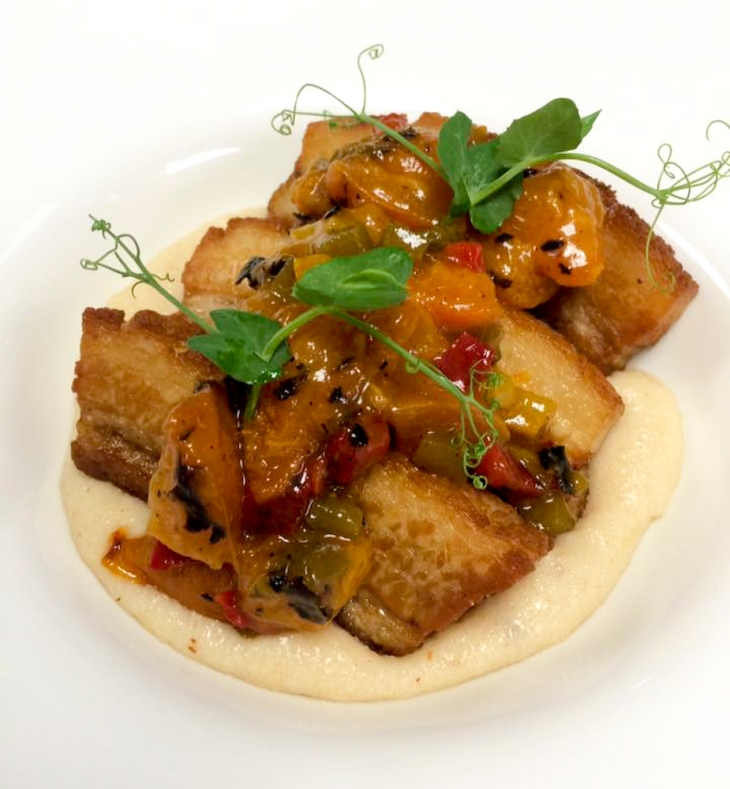 Recipe for pork belly with cream of wheat and grilled apricot chutney